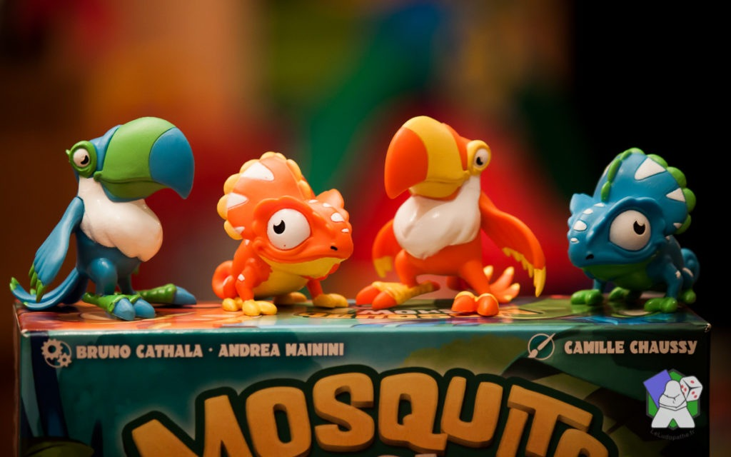 Les 4 figurines de Toucan et de Caméléon de Mosquito Show